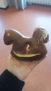 the pretzel thing is not a myth- they were everywhere! offered at the townhall in horse shapes to commemorate Stuttgart